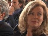"""Nadia Le Brun estime que Valérie Trierweiler """"est très très amoureuse"""" - 24/01"""