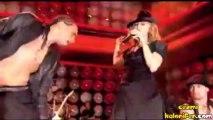 Madonna & Gogol Bordello - La Isla Bonita (Konser)