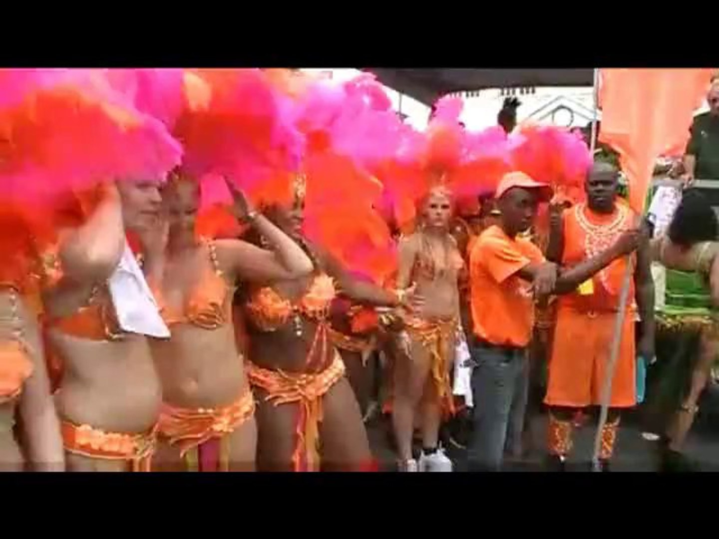 Soca Bhangra Chutney Wine Carnival Song-Pump Up The Bhangra