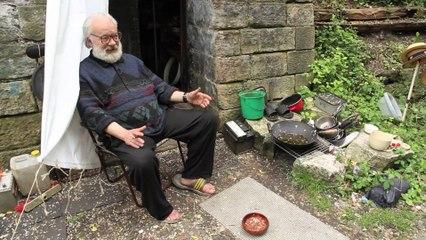 Un ex-banquier vit depuis 17 ans en ermite sur la petite ceinture