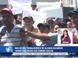 """Empleados de alcaldía en Guárico exigen pagos: """"Tenemos 3 meses sin el pan en nuestras casas"""""""