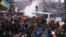 Enfrentamientos entre policía y manifestantes en Ucrania