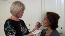 No Worries Cosmetics - Lip Gloss Application Tutorial