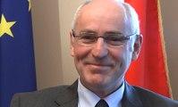 Césars : le ministre Repentin souhaite le succès de Gayet et Arestrup