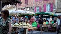 Le marché du samedi matin sous la grande Halle de Figeac