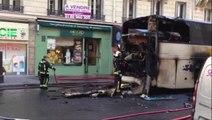 Un bus prend feu en plein centre de Paris