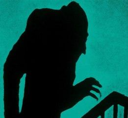 """Extrait : """"Les mains du vampire, symbole du désir"""""""