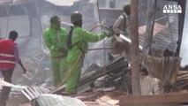 Somalia: autobomba a Mogadiscio, sei morti