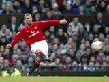Manchester United : Quand David Beckham marquait du milieu du terrain