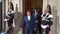 Italia: dimite Letta como primer ministro