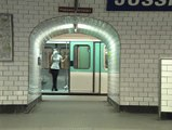 Metropolitaine 1995 Réalisation : Jean Breschand Production : IO production, Images Plus Sujet : chronique du métro à plusieurs voix, ouverte à toutes les bifurcations
