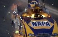 Incroyable explosion d'un moteur de dragster - ZAPPING AUTO DU 17/02/2014
