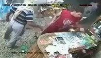 یمن میں ہونے والی ڈکیتی کا ایک منظر تو دیکھیں