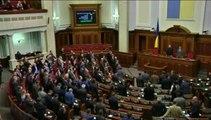 Les députés ukrainiens destituent le président Ianoukovitch