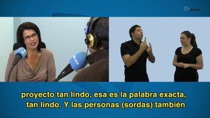 Entrevista radiofónica a María Elena González Sánchez, persona con sordera profunda