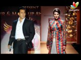 Salman Khan & Jacqueline Clicked Together, Being Naughty | Hindi Hot Latest News | Kick