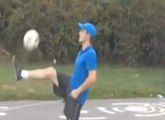 Incredible Football freestyle : you can try this at home!