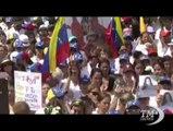 Venezuela nel caos: presidente Maduro apre un dialogo nazionale. Dopo tre settimane di proteste costate la vita a 14 persone