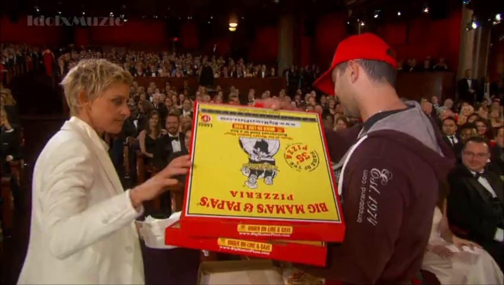 Pizza Is Served By Ellen - Oscars 2014