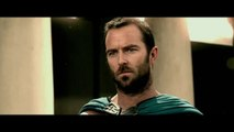 """300: Rise of an Empire - Featurette """"Heroes of 300"""" [VO HD]"""