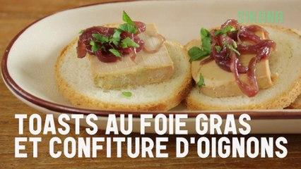 Toasts au foie gras et confiture d'oignons