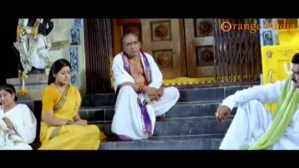Srinivas Reddy And Suman Shetti Parents Cryinh In Village From Roommates Movie