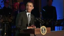 Obama Flubs Spelling of 'Respect' During Aretha Franklin Introduction