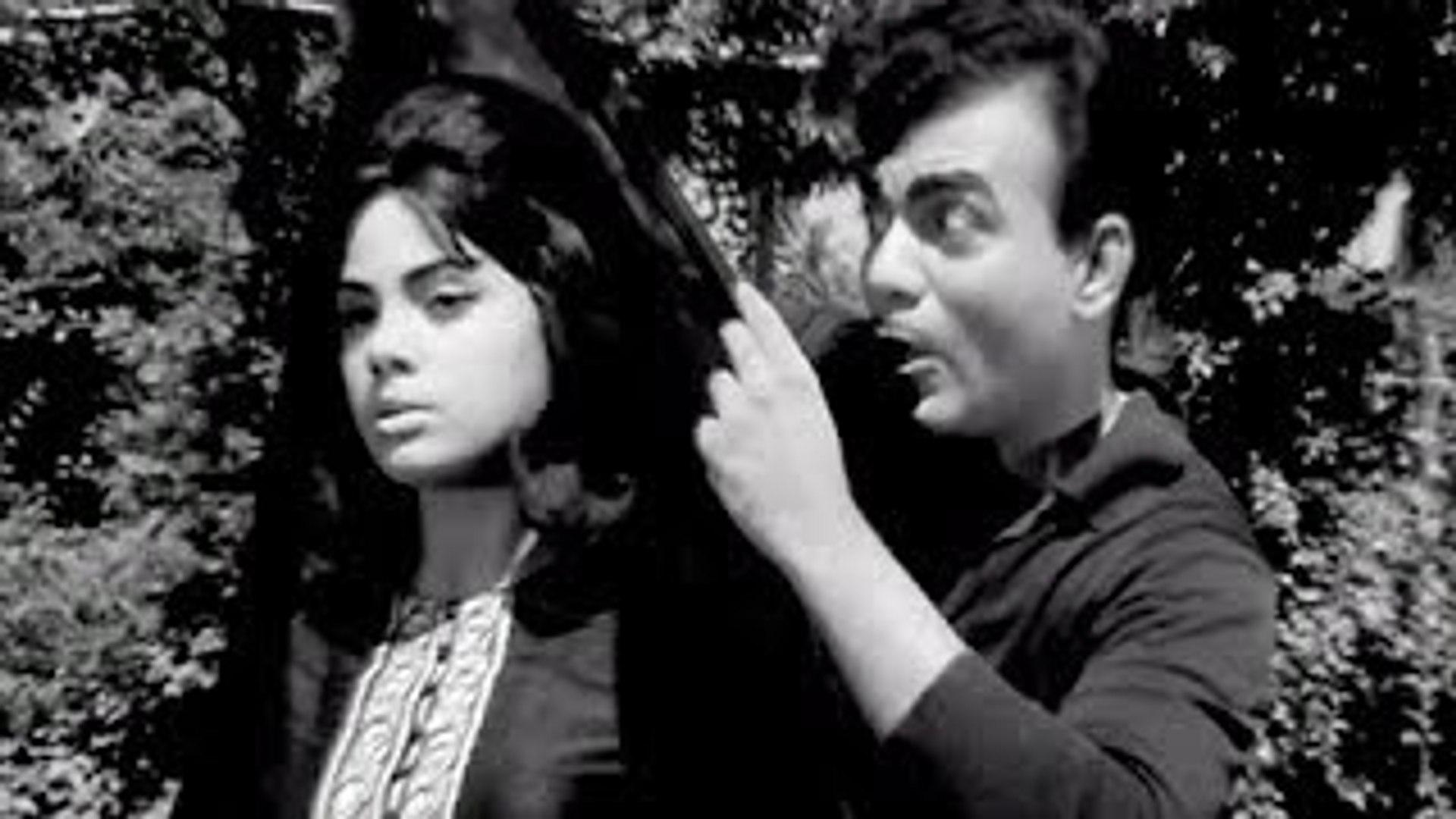 Kaise Dekha Hai Mujhe Ji O - Classic Rock and Roll Hindi Song - Mehmood, Mumtaz - Pati Patni