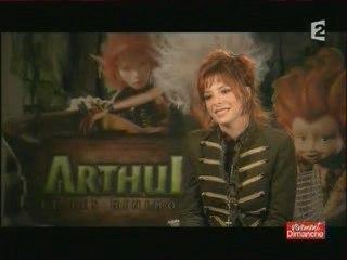 Mylène Farmer - Doublage Arthur