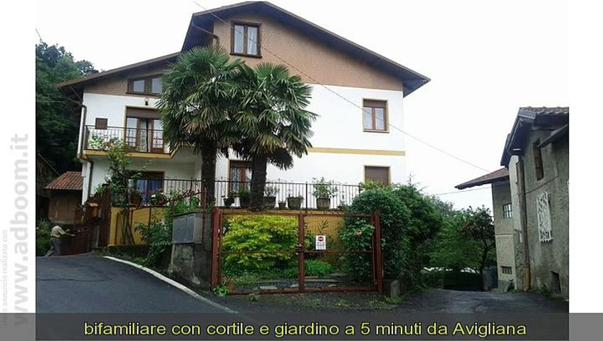 TORINO, CAPRIE   VILLA  CENTRO MQ 300 EURO 290.000
