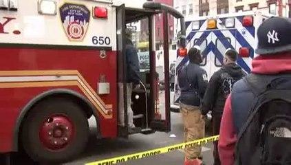 Explosão em Nova York faz 2 prédios desabarem e deixa 3 mortos