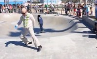 Old Man vs Little Man Break Dance in Venice Beach - So funny