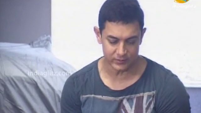 Aamir Khan Celebrates His 49th Birthday With Media