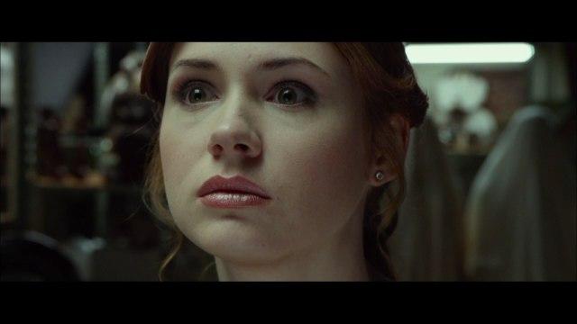 "Karen Gillan, Katee Sackhoff, Brenton Thwaites In ""Oculus"" Second Trailer"