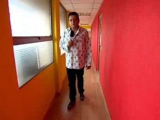 Após dez anos de silêncio, Gil Gomes abre o jogo na estreia de Domingo Show