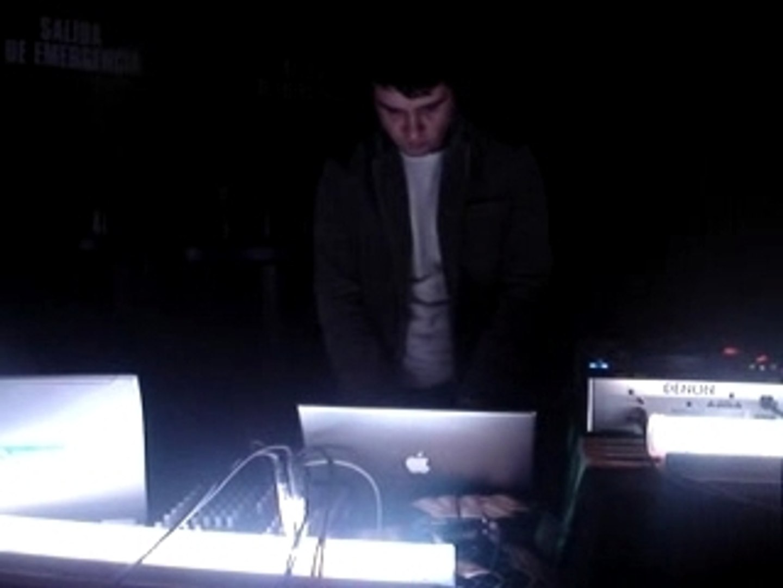Techno D&Bassic