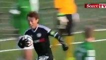 Japon futbolcudan yaratıcı gol sevinci
