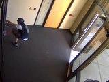 Un homme tente de pénétrer dans un commissariat pour récupérer son skateboard