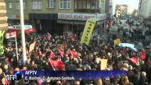 Municipales en Turquie: le candidat du CHP ratisse les quartiers d'Istanbul