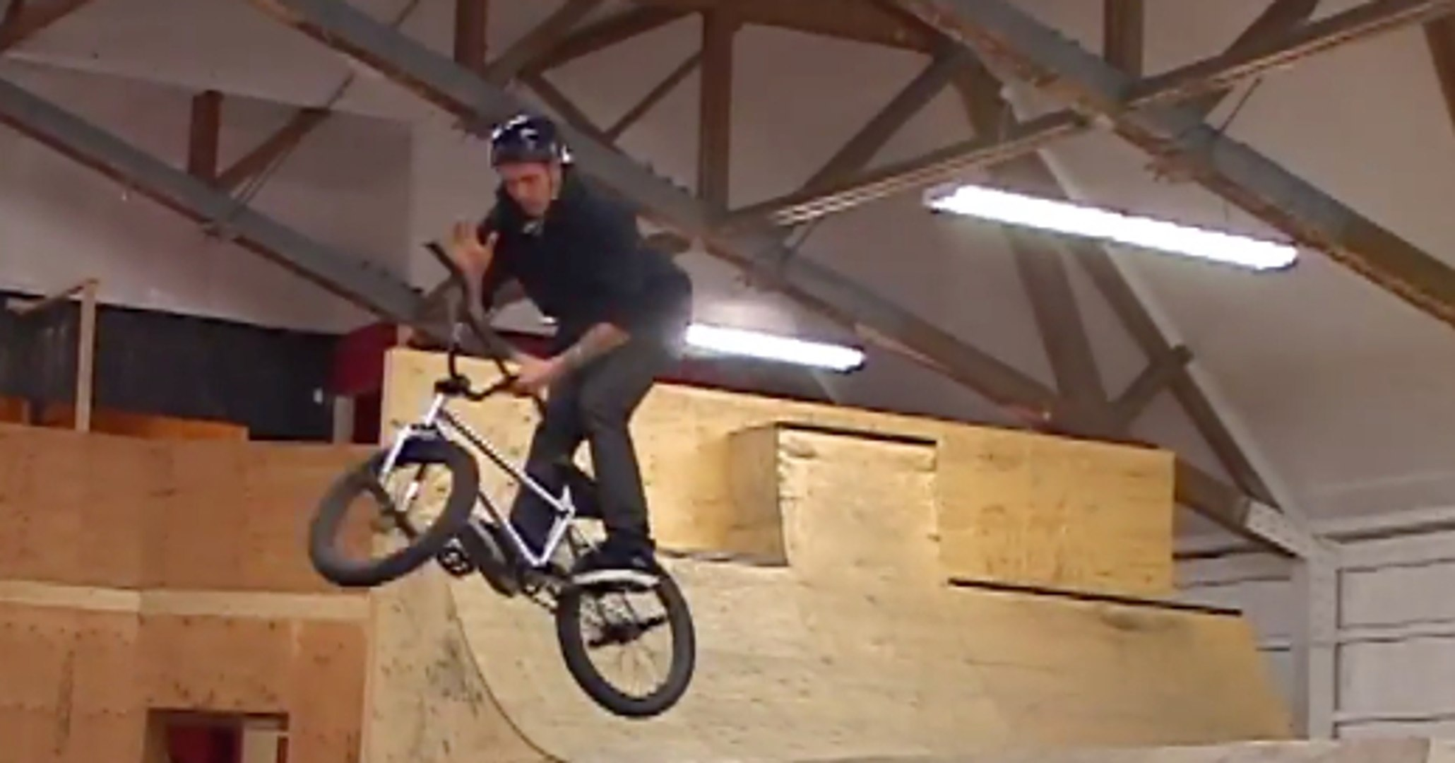 Great BMX session by Eli Taylor For Merritt