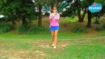 Jonglerie - Comment réaliser la figure du papillon avec des bolas ou poïs