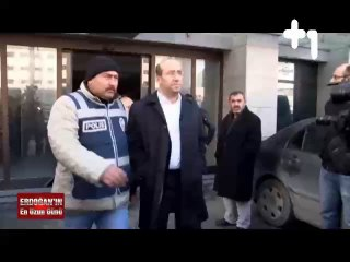 """Can Dündar'ın hazırladığı 17 Aralık belgeseli """"Erdoğan'ın En Uzun Günü"""" Bölüm-1"""