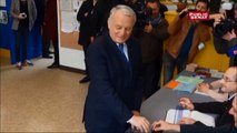 Municipales 2014 : Jean-Marc Ayrault vote à Nantes