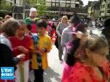 Les écoles Arnaud et Jean-Jaures défilent à Troyes pour le carnaval
