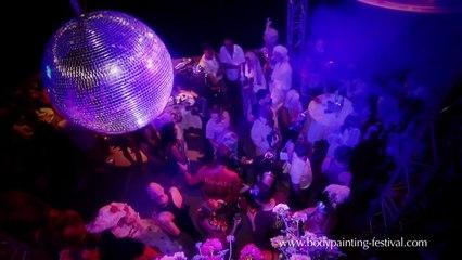 Body.Circus 2010, the surreal ballroom of the WBF