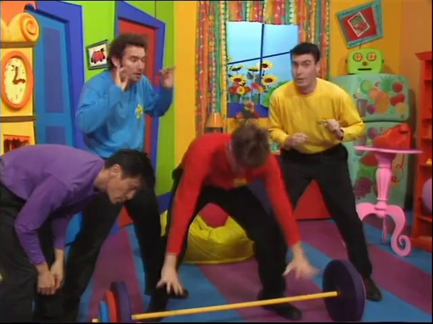 The Wiggles (TV Series 1): Muscleman Murray