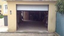 Porte de garage sectionnelle plafond G60 installé par APG Accès Portes de Garage