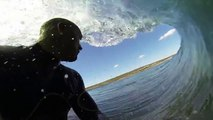 Surf with Kelly Slater : into the pipe with a GoPro! Amazing Waves!