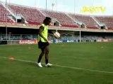 Joga Bonito-  Ronaldinho