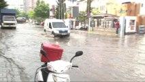 Yağış İstanbul'a Bir Geldi Pir Geldi